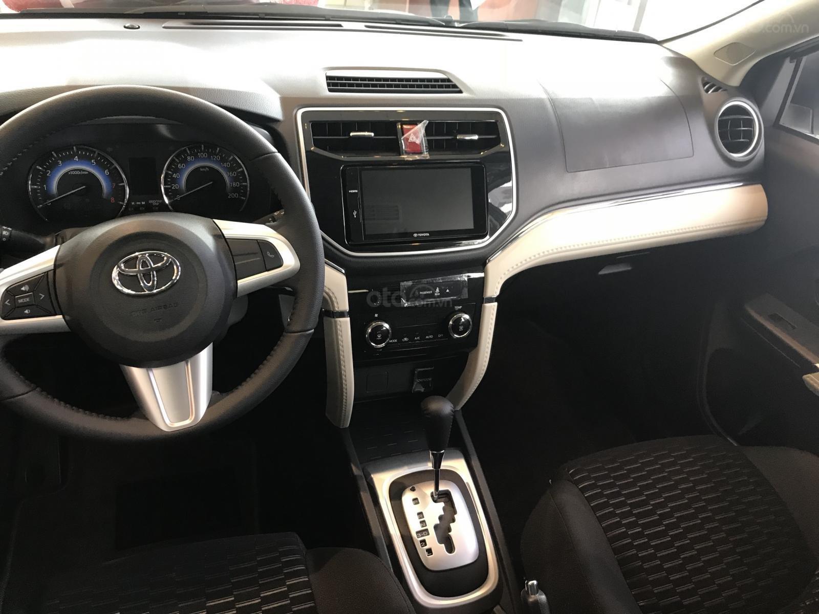 Toyota Tân Cảng - Rush 1.5AT xe giao ngay, đủ màu-trả 200tr nhận xe, LH 0933000600 (6)