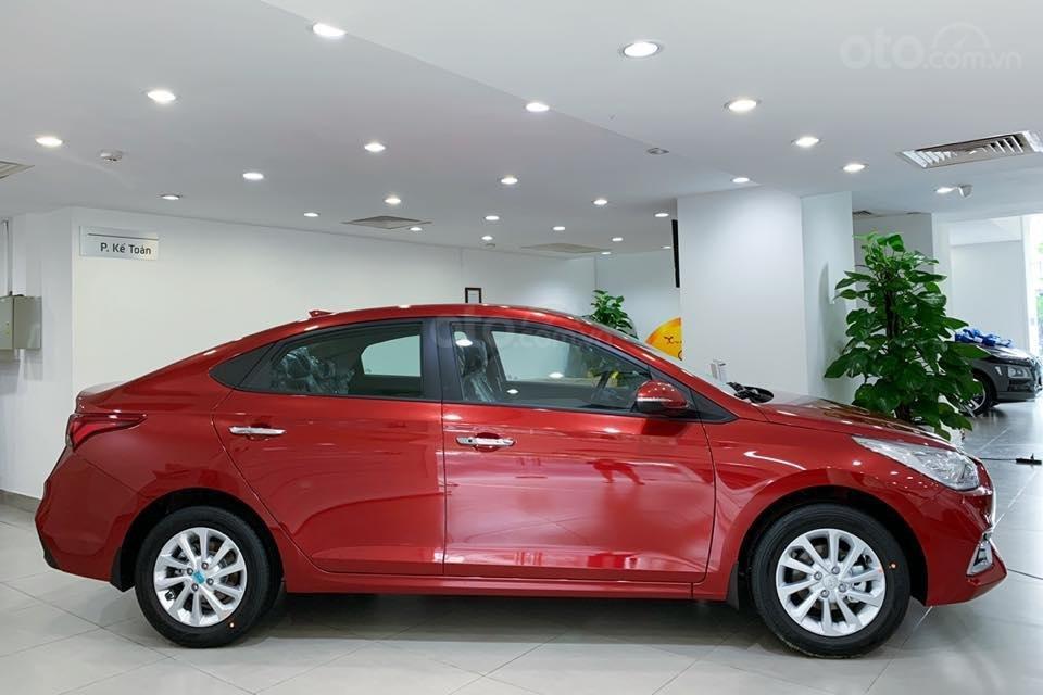 Hyundai Accent phiên bản mới xe đủ màu giao ngay, hỗ trợ trả góp 85%, quà tặng hấp dẫn, LH 0907321001 (3)