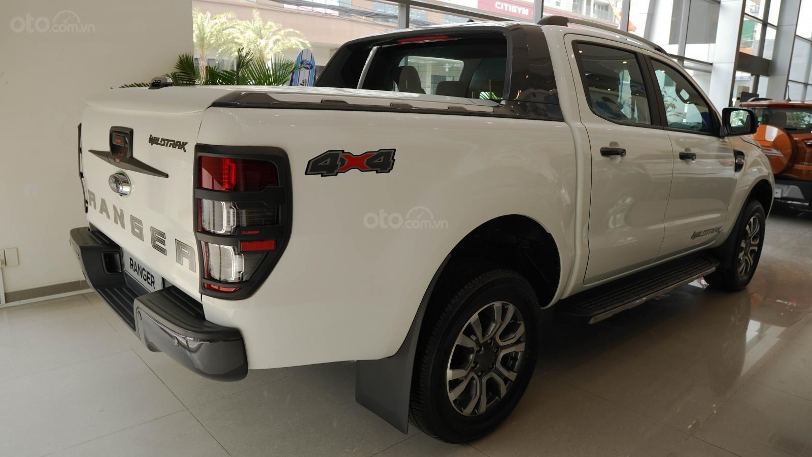 Ford Ranger Wildtrak giảm ngay 30 triệu, tặng phụ kiện giá trị (2)