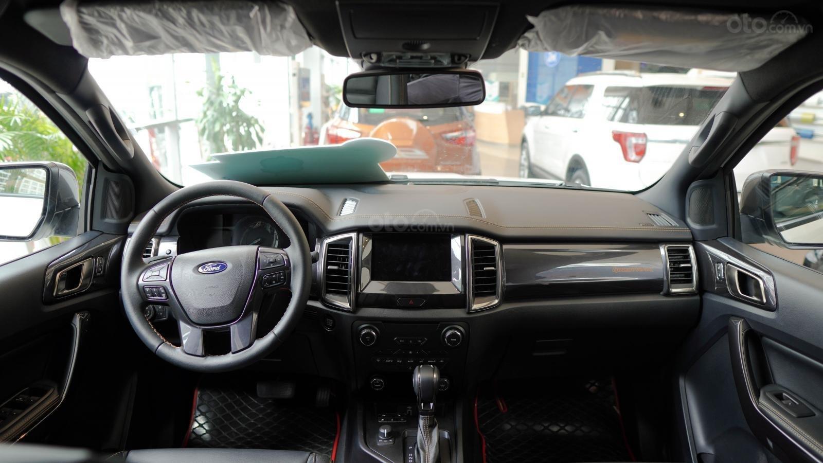 Ford Ranger Wildtrak giảm ngay 30 triệu, tặng phụ kiện giá trị (3)