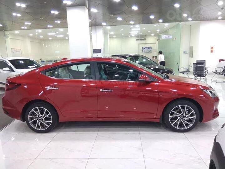 Hyundai Elantra mới 2019, trả trước 157Tr, giao xe ngay, đủ phiên bản đủ màu, khuyến mãi cực hấp dẫn LH: 0933222638 (2)