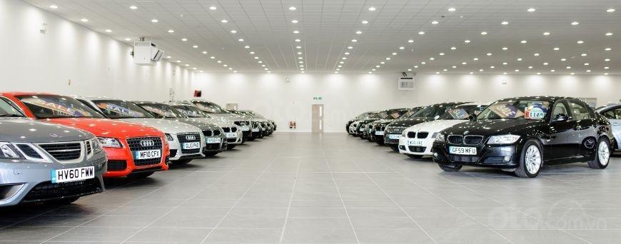 Lưu ý các ưu đãi, hậu mãi, nguồn cung cấp và cả khả năng tiếp cận phù tùng thay thế cho xe