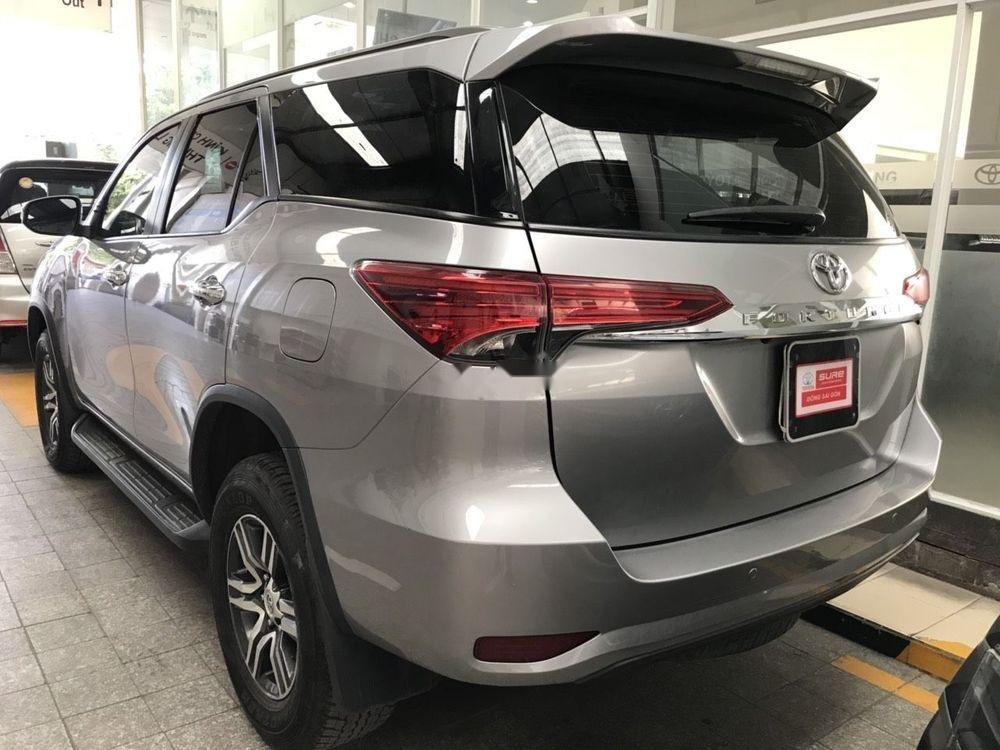 Cần bán xe Toyota Fortuner V đời 2017, nhập khẩu (3)