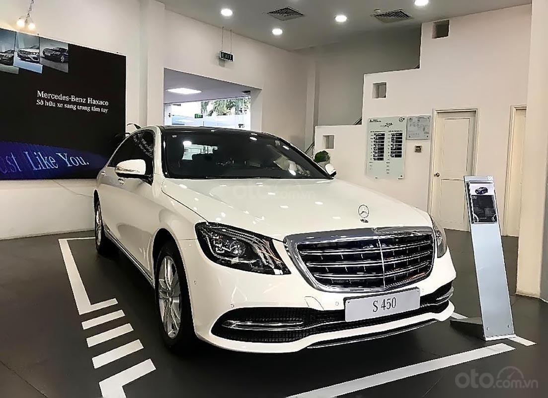 Cần bán xe Mercedes S450L năm 2019, màu trắng (2)
