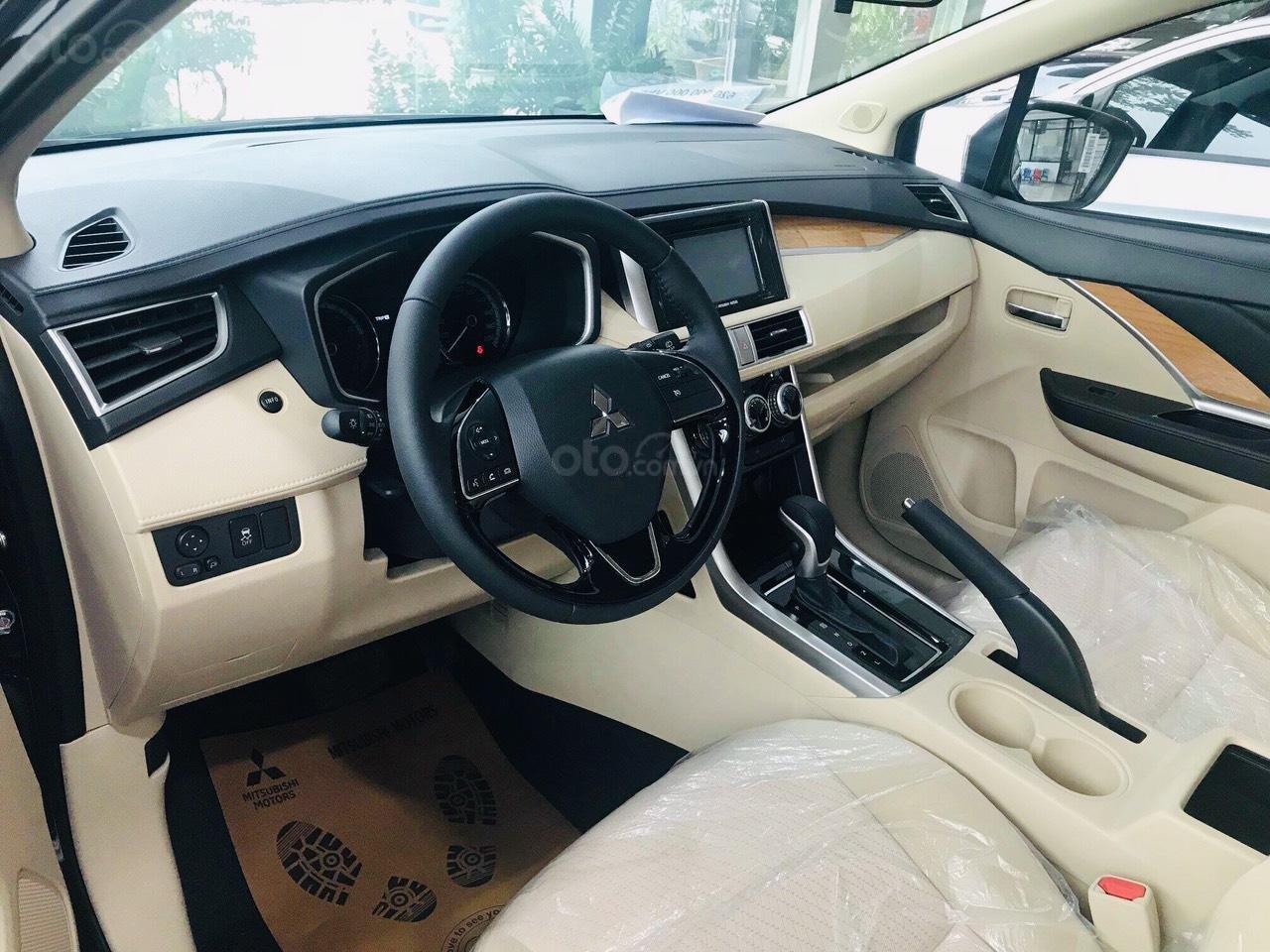 Mitsubishi Xpander đủ màu giao ngay. Hỗ trợ mọi thủ tục nhanh gọn (2)