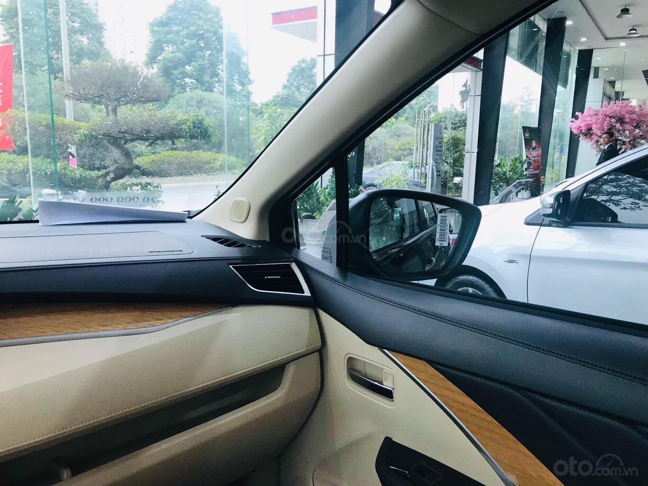Mitsubishi Xpander đủ màu giao ngay. Hỗ trợ mọi thủ tục nhanh gọn (3)