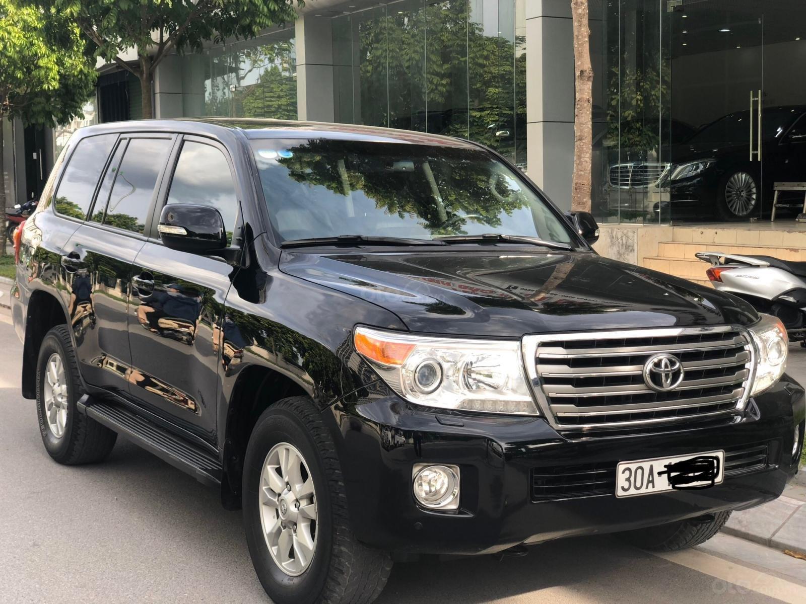 Bán ô tô Toyota Land Cruiser VX năm 2013, màu đen, nhập khẩu nguyên chiếc (1)