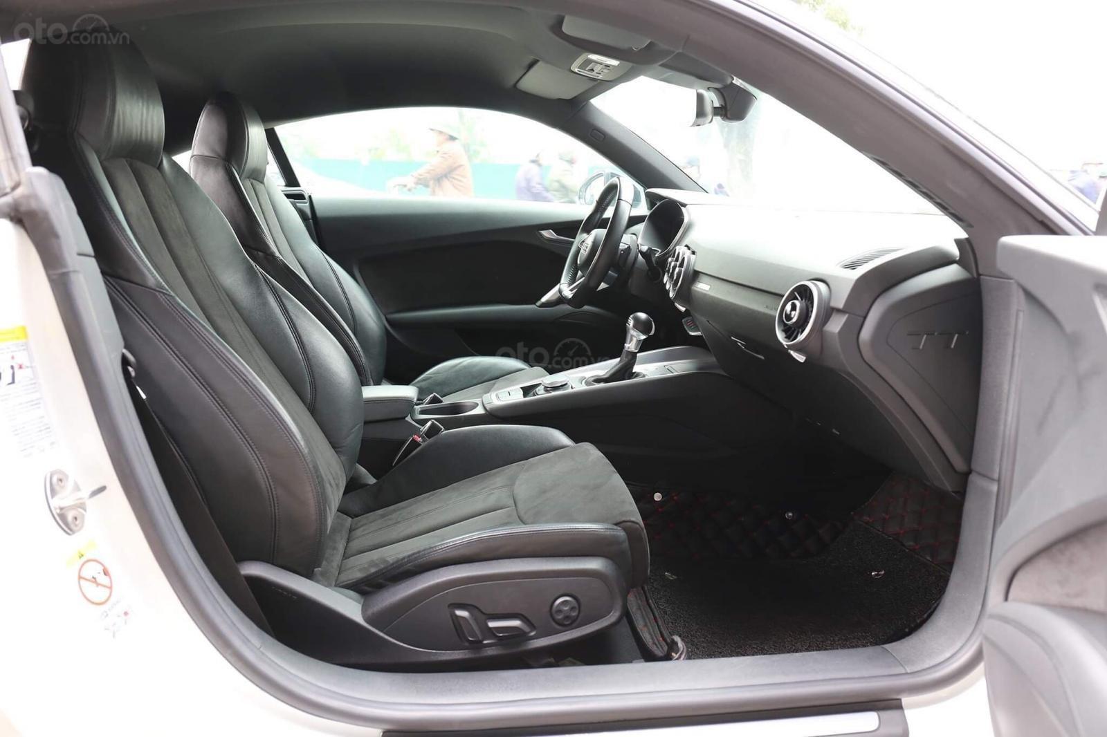 Bán Audi TT 2.0 TFSI năm 2015, màu trắng chính chủ (8)