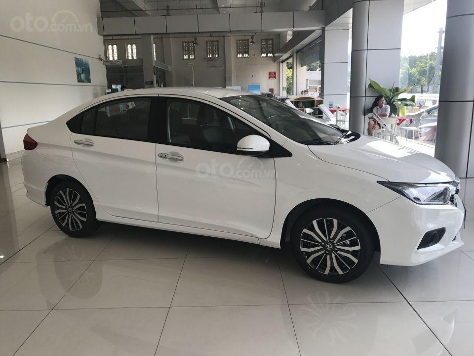 Honda Mỹ Đình: Giao ngay - Honda City CVT màu trắng năm 2019, giá tốt. Lh: 0964 0999 26 (3)