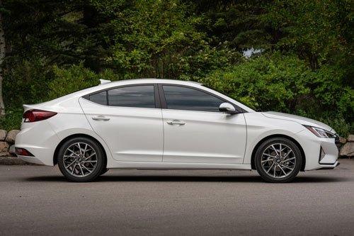 Danh sách 10 mẫu ô tô bán chạy nhất thị trường Hàn Quốc - Ảnh 6.