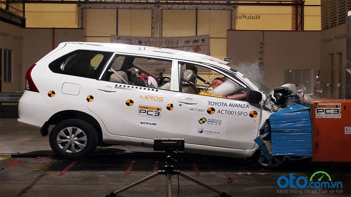 Đánh giá Toyota Avanza 2019 1.5 AT: Asean NCAP đánh giá đạt chuẩn 4 sao.