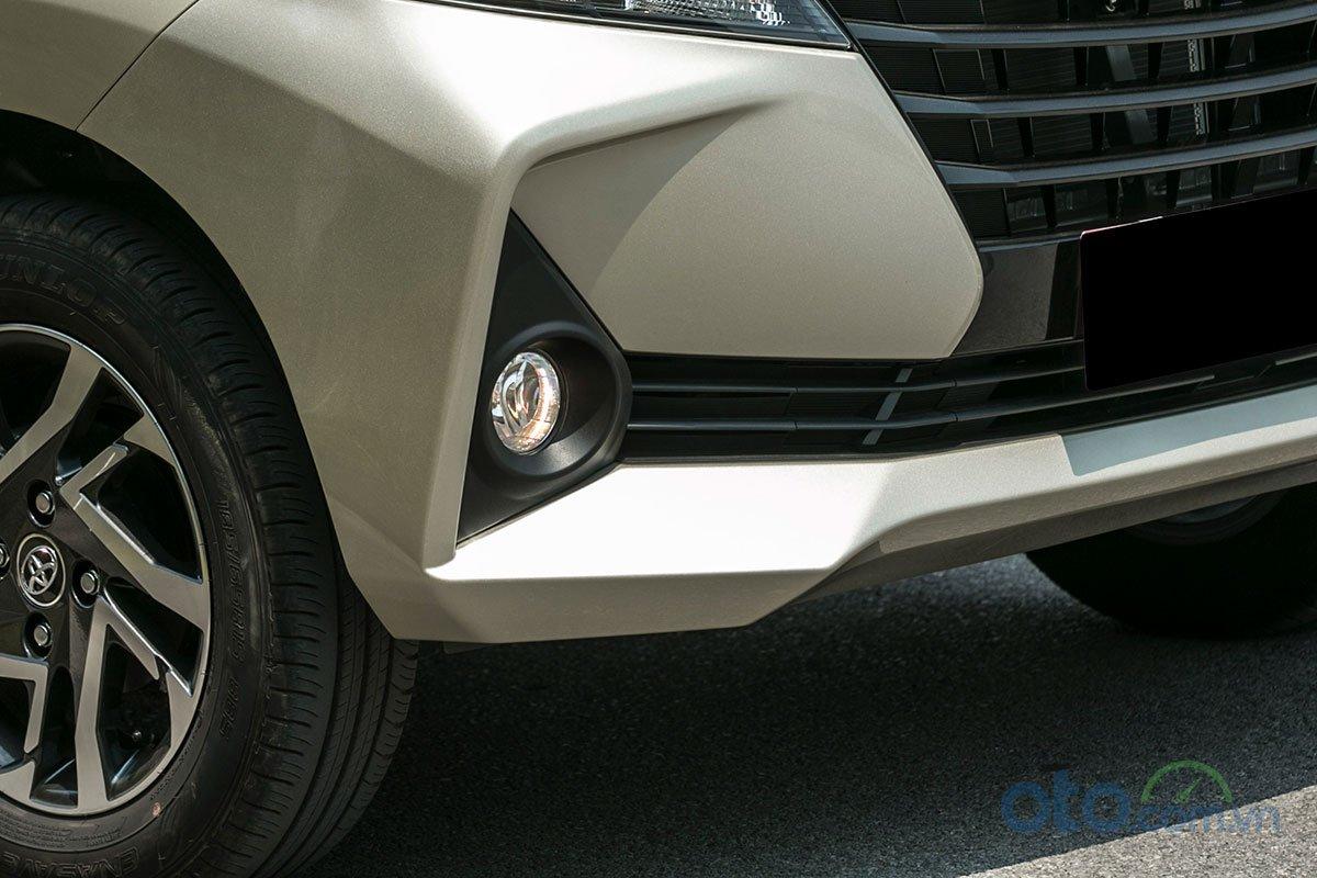 Đánh giá xe Toyota Avanza 2019 1.5 AT: Thiết kế đèn sương mù.