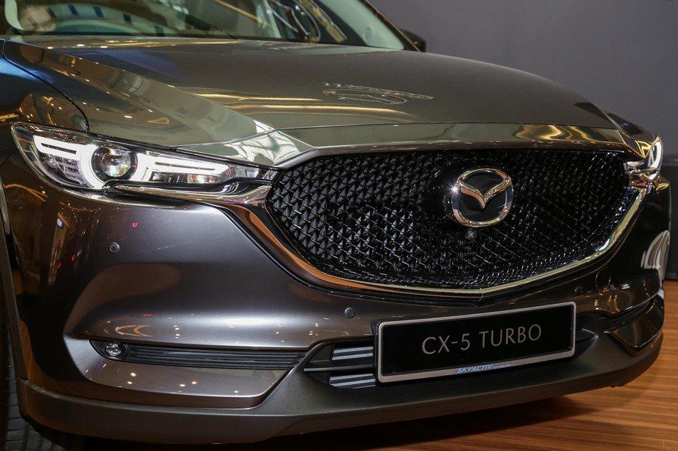 Ngoại hình của Mazda CX-5 2.5L Turbo AWD.