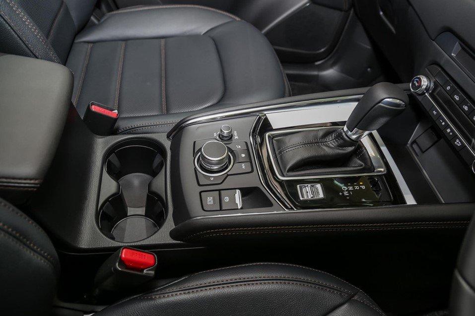 Nội thất bọc da của Mazda CX-5 2.5L Turbo AWD.