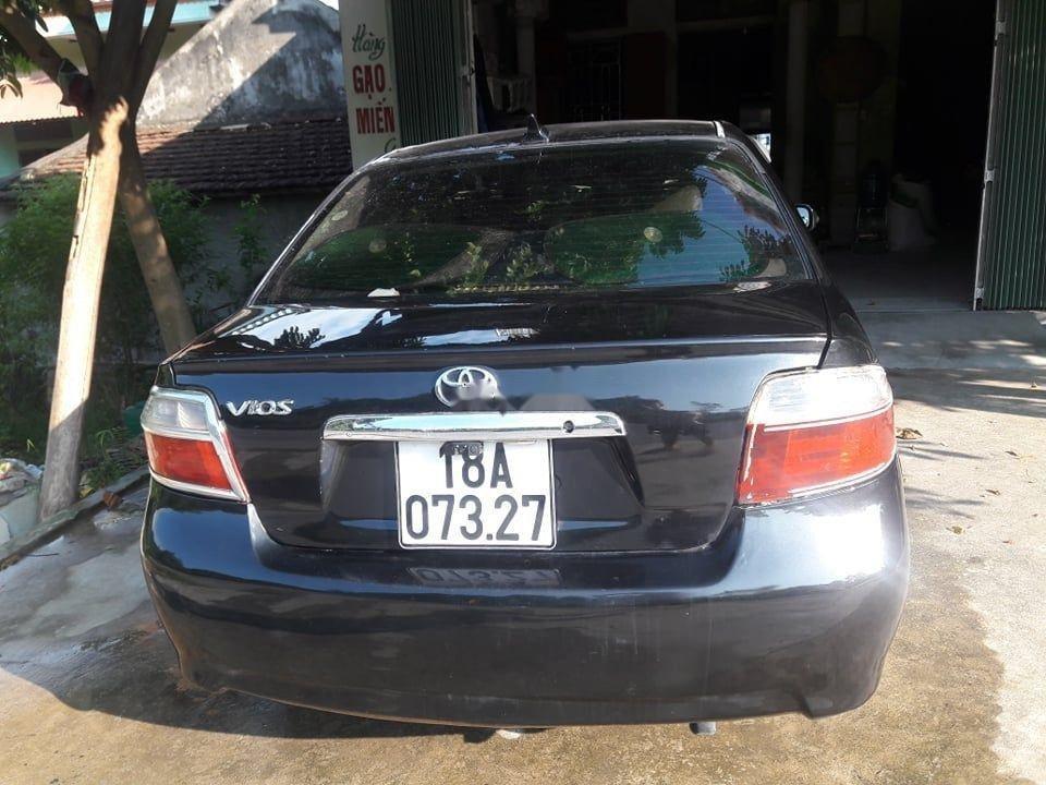 Cần bán Toyota Vios MT năm sản xuất 2005, xe gia đình (2)