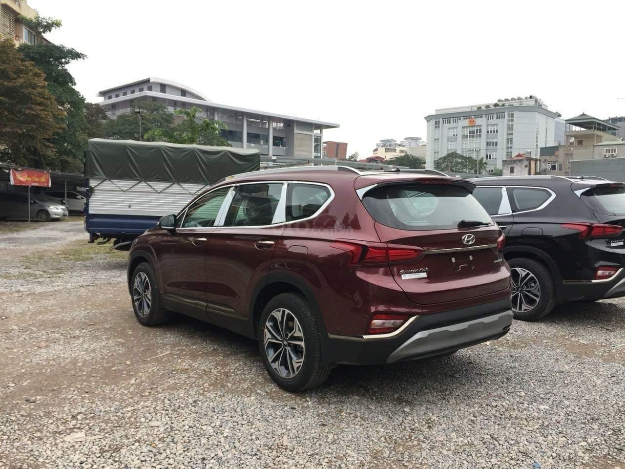Bán Hyundai Santa Fe giao ngay, giá giảm sâu, tặng gói phụ kiện hấp dẫn, LH 0907 321001 (3)