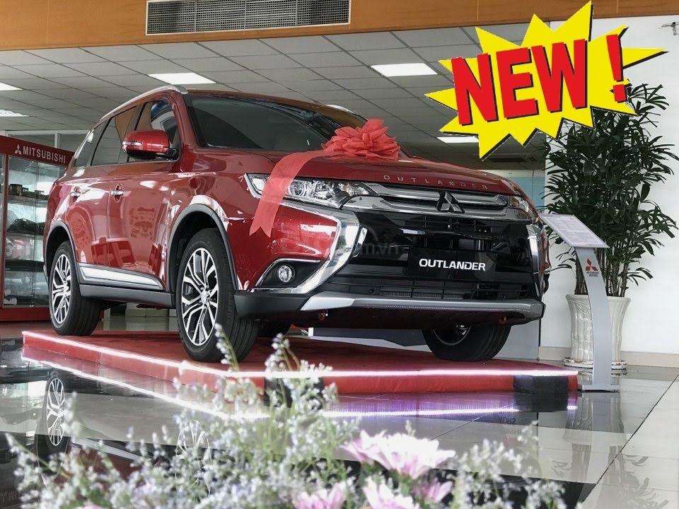 Giá xe Mitsubishi Outlander 2.0 CVT Premium 2019, màu đỏ, KM tặng hấp dẫn bất ngờ, LH 0909076622 (2)