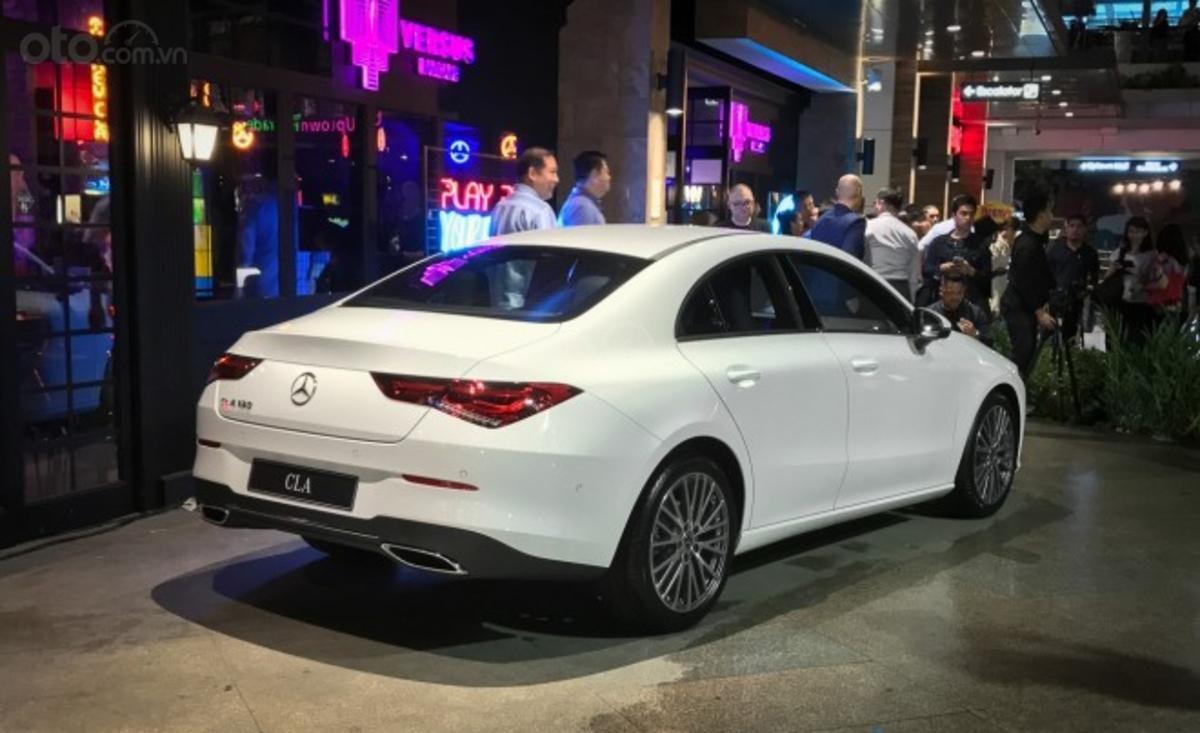 Mercedes-Benz CLA 2020 tinh chỉnh nhẹ