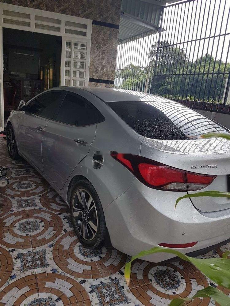 Cần bán Hyundai Elantra đời 2014, màu bạc, nhập khẩu nguyên chiếc ít sử dụng, giá 500tr (3)