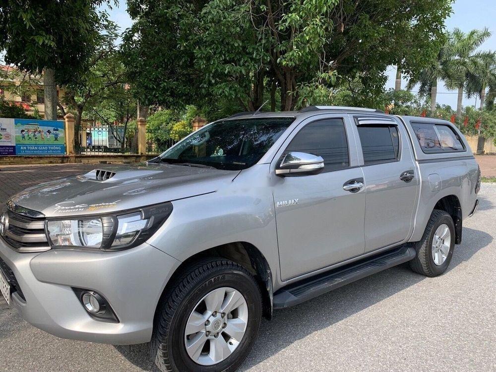 Bán Toyota Hilux MT đời 2015, xe nhập, xe gia đình sử dụng còn mới, giá ưu đãi (1)