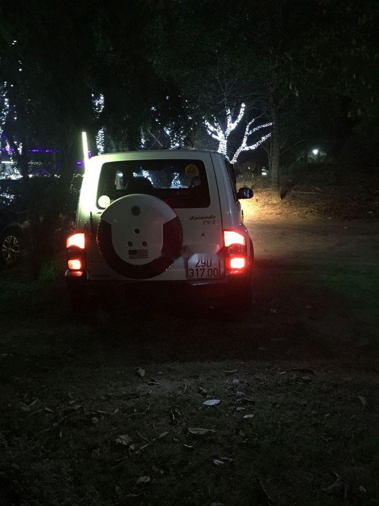 Bán Ssangyong Korando sản xuất 2009, màu trắng, xe nhập -5