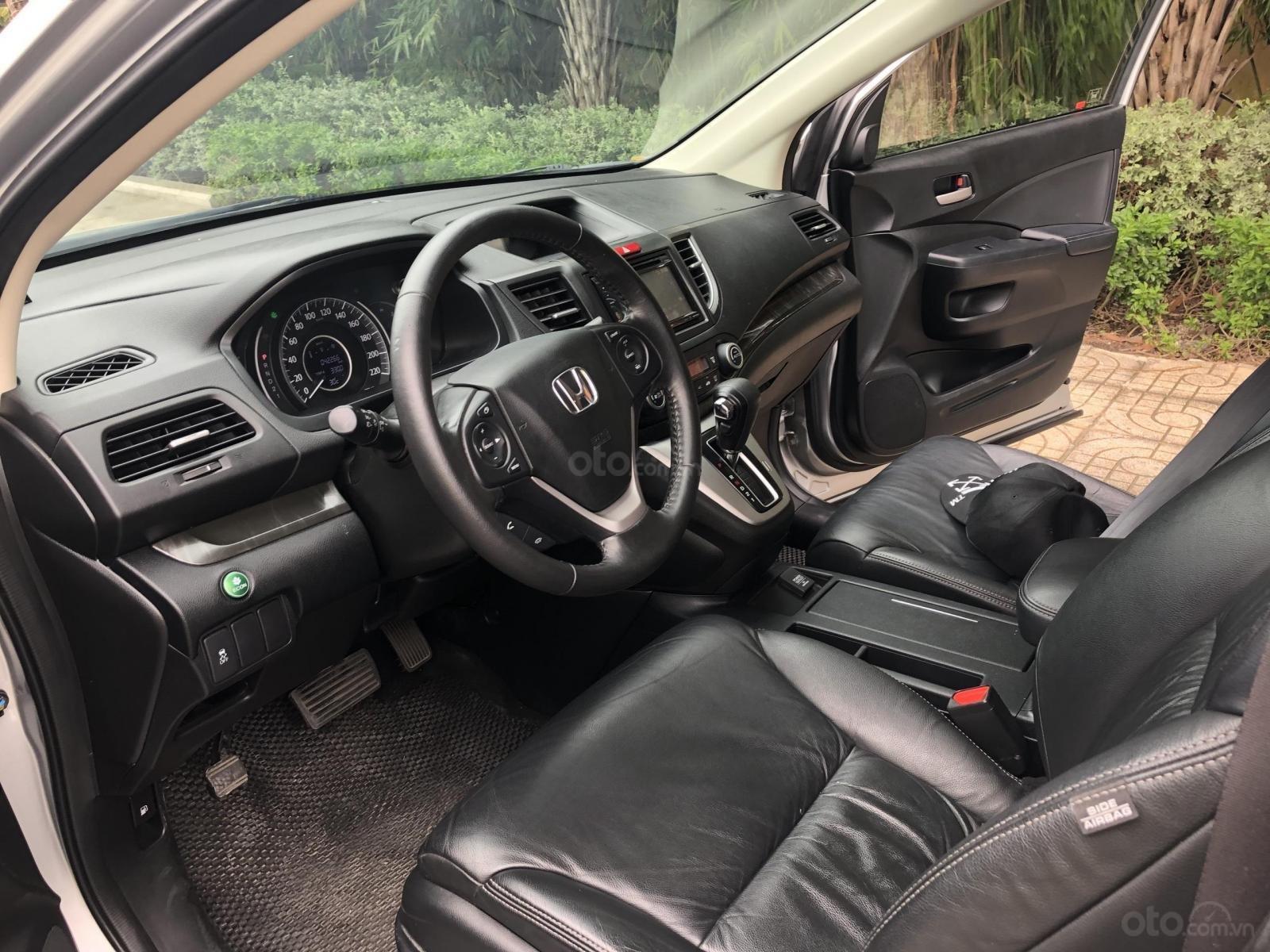 Bán Honda CRV ĐK 2016 màu bạc, tự động, full chức năng-3
