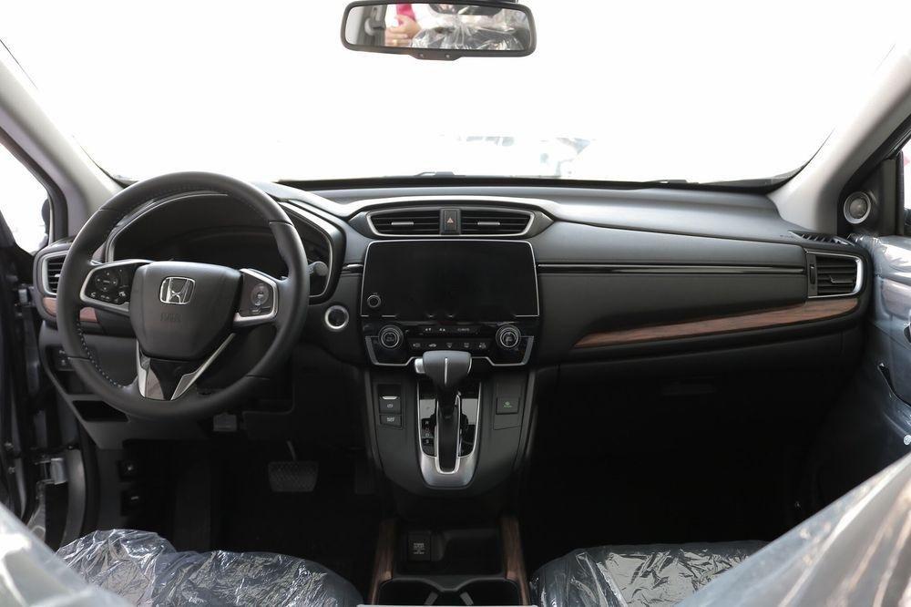Bán ô tô Honda CR V L sản xuất 2019, nhập khẩu, xe gái thấp, còn mới (4)