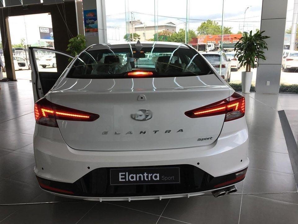Cần bán xe Hyundai Elantra Sport đời 2019, nhập khẩu, giá tốt (6)