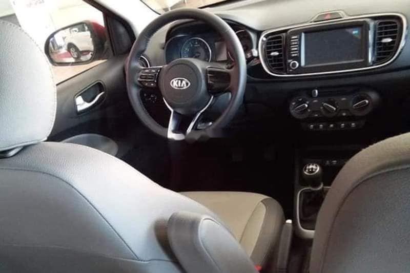 Bán xe Kia Soluto MT đời 2019, giá tốt, xe giá tốt giao nhanh toàn quốc (5)