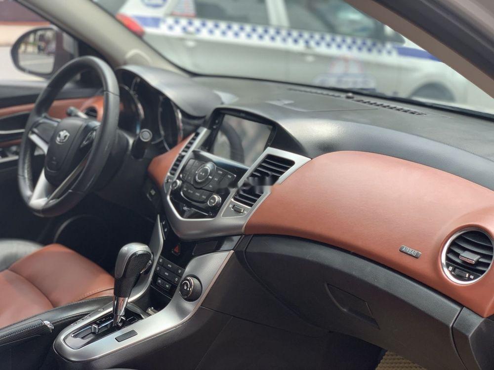 Cần bán nhanh chiếc Daewoo Lacetti CDX model 2010 số tự động rất đẹp (6)