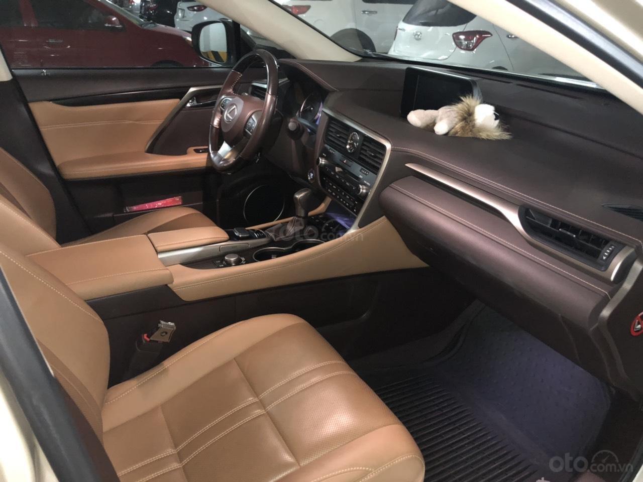 Bán xe Lexus RX 200t sản xuất 2016, màu vàng, xe nhập, chính chủ sử dụng (3)