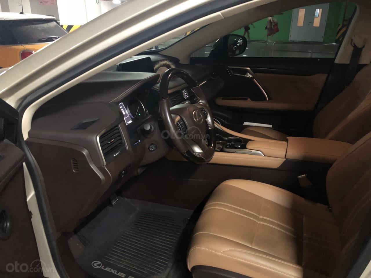 Bán xe Lexus RX 200t sản xuất 2016, màu vàng, xe nhập, chính chủ sử dụng (4)