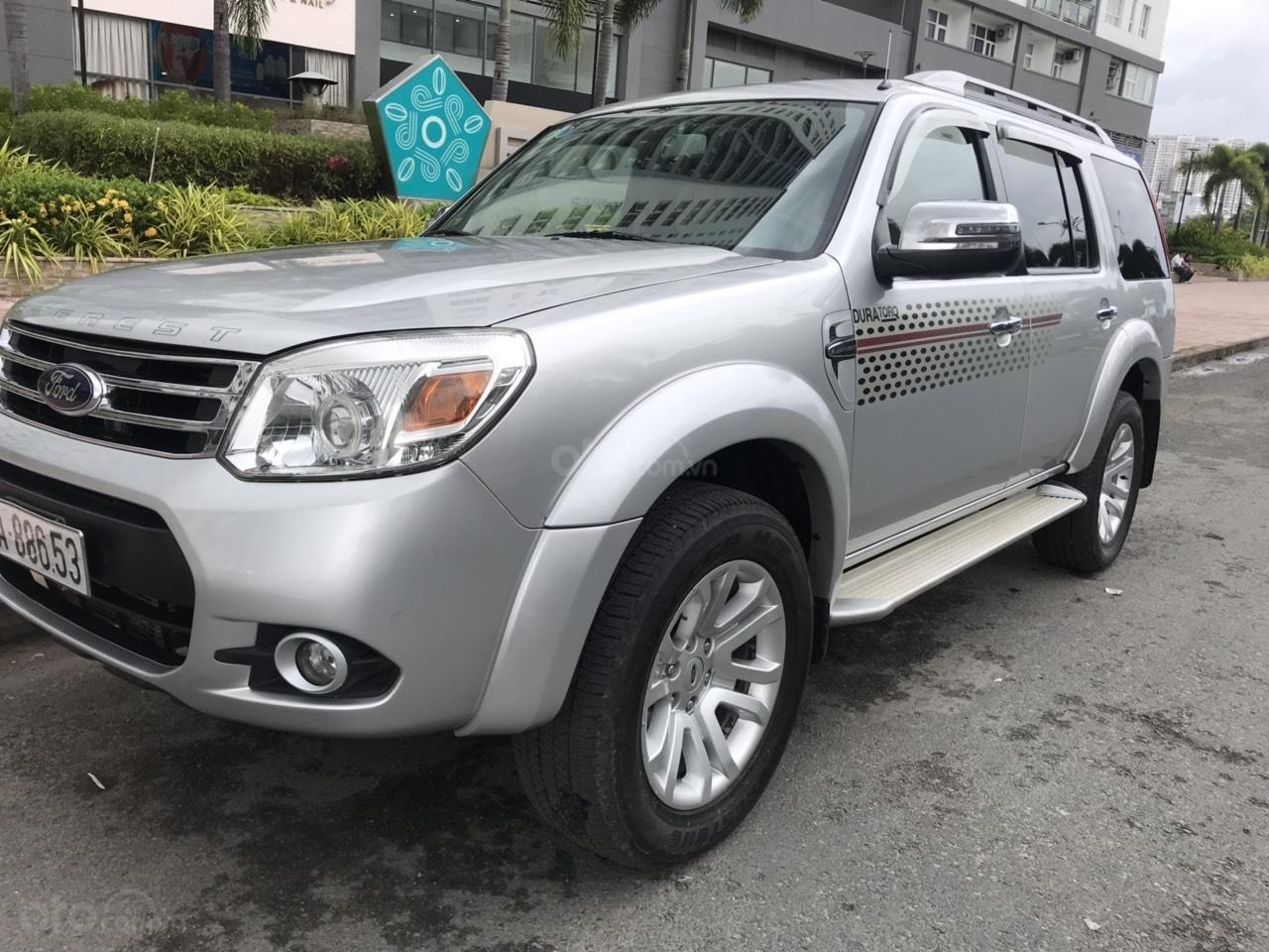 Bán Ford Everest sản xuất năm 2012, màu bạc, số sàn (3)