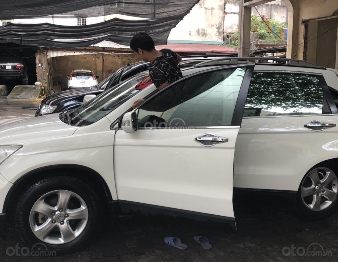 Cần bán Honda CR V đời 2009, màu trắng-3