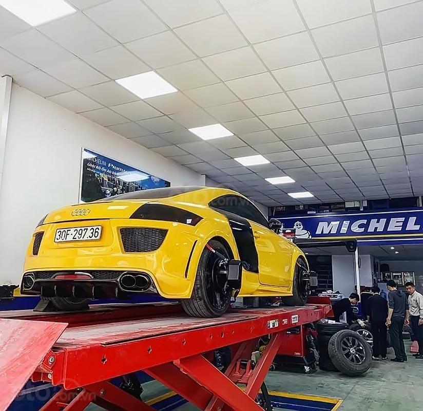 Cần bán xe Audi TT sản xuất năm 2008, màu vàng, nhập khẩu-1
