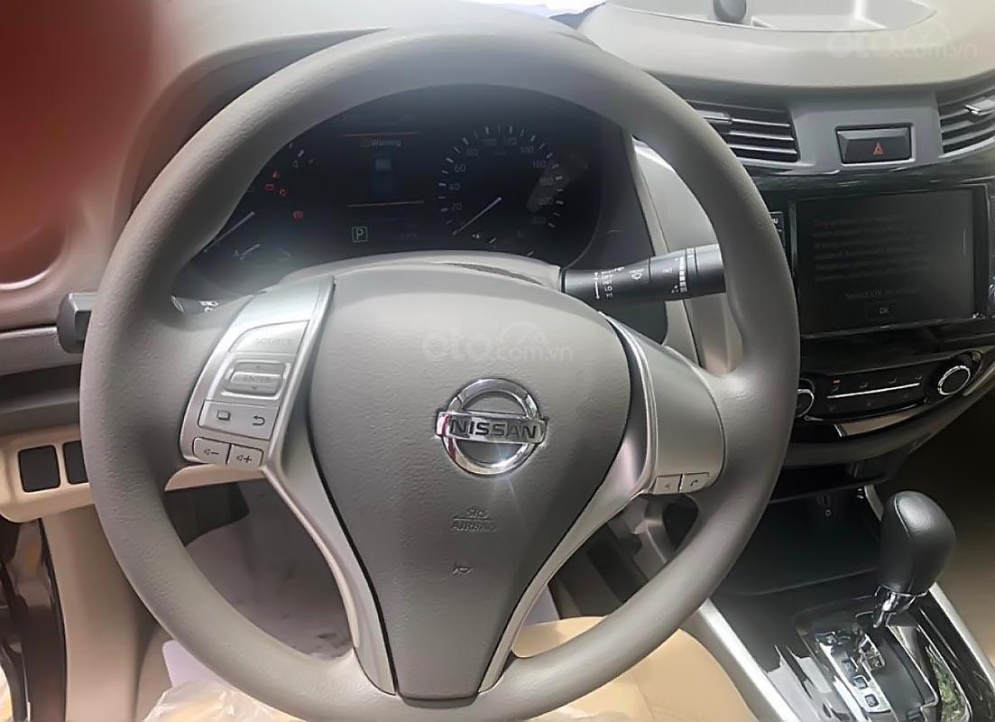 Bán Nissan Navara EL 2.5 AT 2WD năm 2019, màu nâu, xe nhập (2)