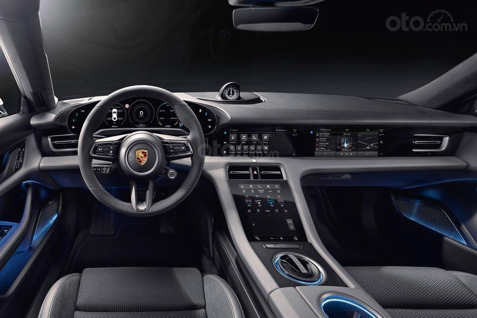 Đánh giá xe Porsche Taycan 2020 về trang bị tiện nghi - ảnh 1
