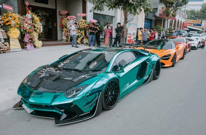 Dàn siêu xe hội tụ chuẩn bị tiền trạm cho hành trình Asean Rally 2020.