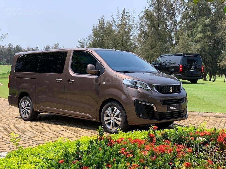 Thông số kỹ thuật xe Peugeot Traveller 2019 a5