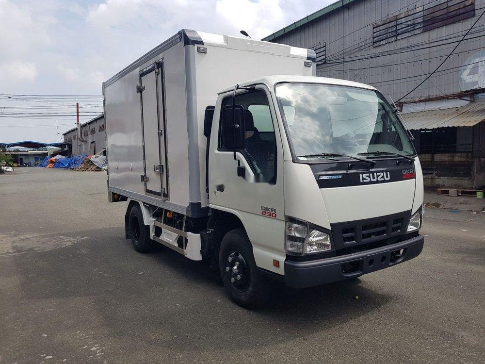Cần bán xe Isuzu QKR 230 năm sản xuất 2019, màu trắng, xe nhập (3)