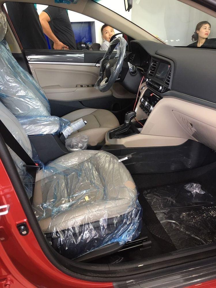 Bán xe Hyundai Elantra 1.6AT sản xuất 2019, giá tháp, giao nhanh (5)