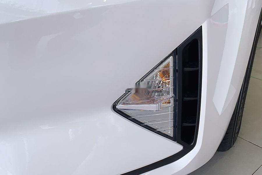 Bán Hyundai Elantra 1.6 MT đời 2019, giao xe ngay (3)
