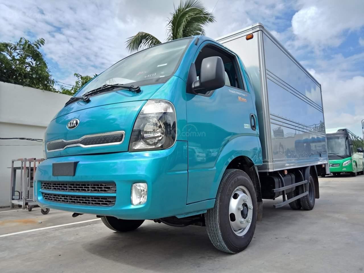 Bán xe tải trả góp Kia K250 máy Hyundai tải 2,49 tấn, có máy lạnh sẵn. Xe có lấy liền tại Thuận An - Bình Dương (2)