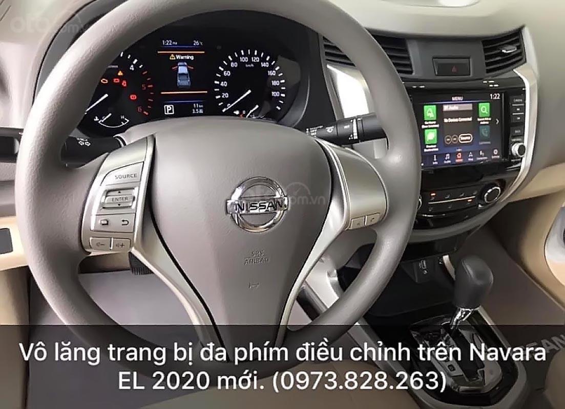Bán Nissan Navara EL 2.5 AT 2WD năm 2019, màu trắng, xe nhập, giá chỉ 645 triệu (2)