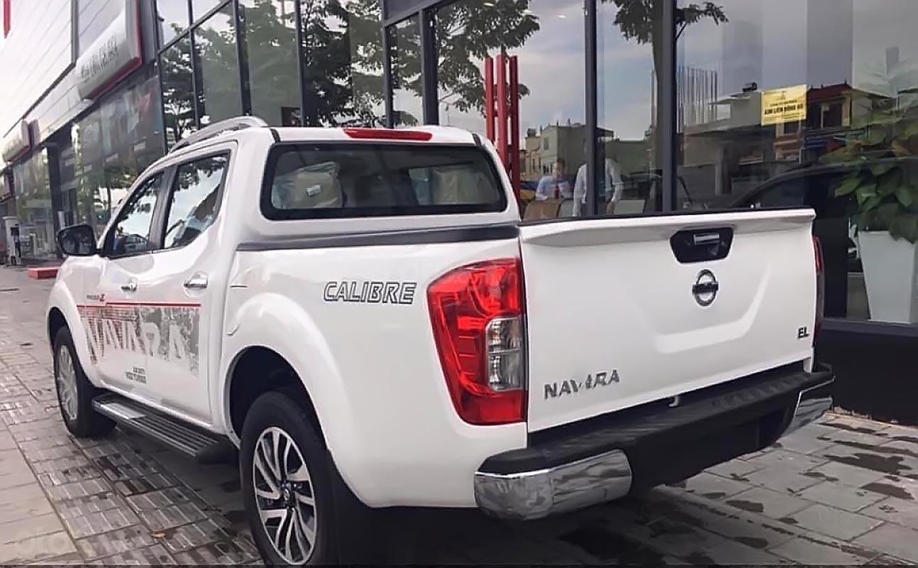 Bán Nissan Navara EL 2.5 AT 2WD năm 2019, màu trắng, xe nhập, giá chỉ 645 triệu (5)