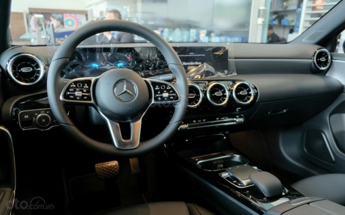 Mercedes A-Class 2019 sedan vẫn trang bị công nghệ tân tiến quen thuộc