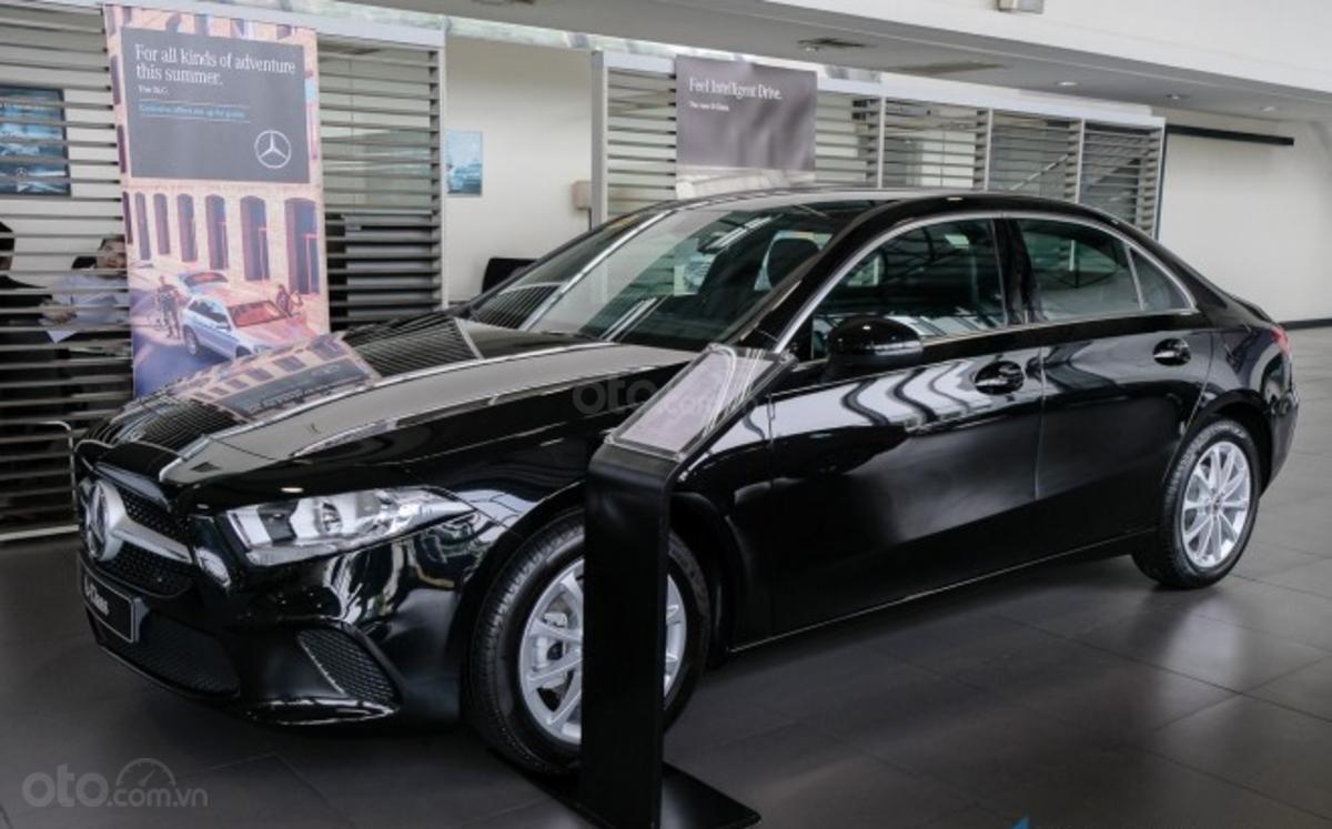 Mercedes A-Class 2019 sedan chốt giá 1,3 tỷ