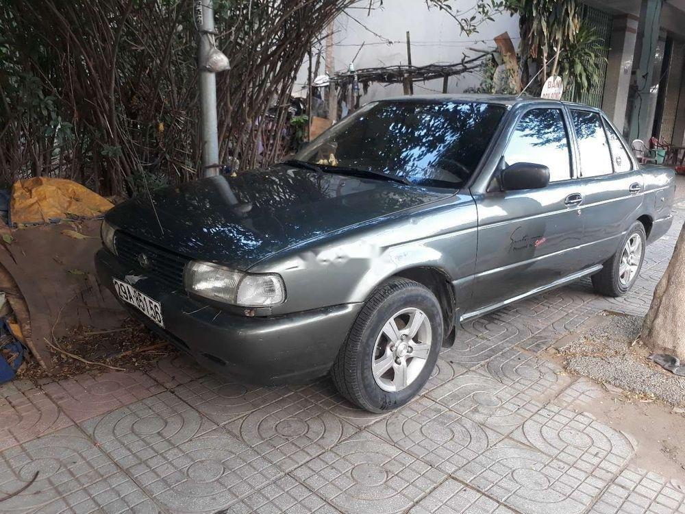 Cần bán Nissan Sunny sản xuất năm 1992, màu xám, xe nhập (1)