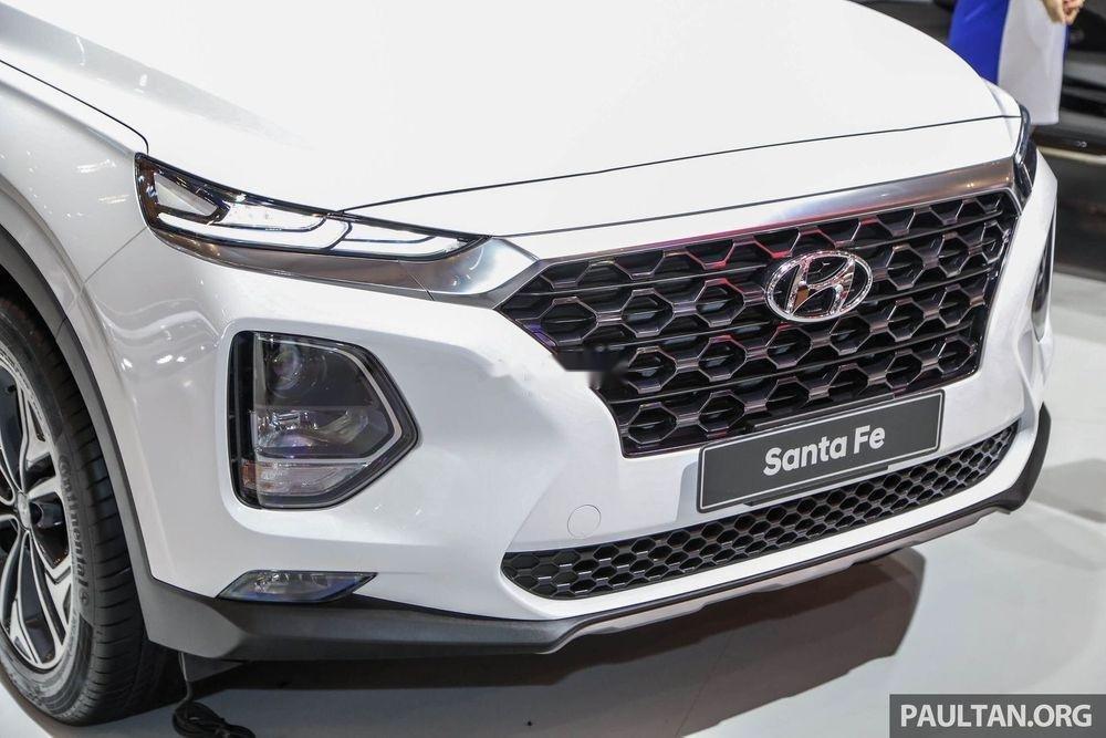 Bán xe Hyundai Santa Fe máy xăng tiêu chuẩn đời 2019, giao nhanh (3)