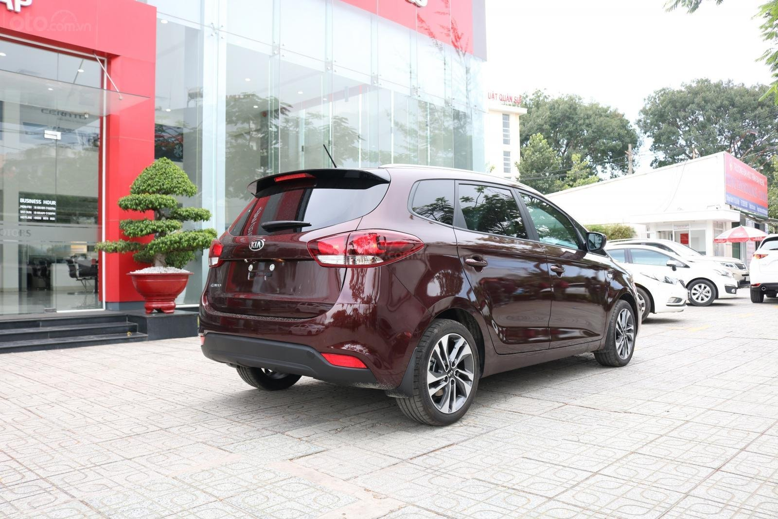 Kia Rondo sx 2019, số sàn, giá 585tr, xe đủ màu, Giao xe liền. Giá tốt nhất Huyện Củ Chi, Hóc Môn (5)